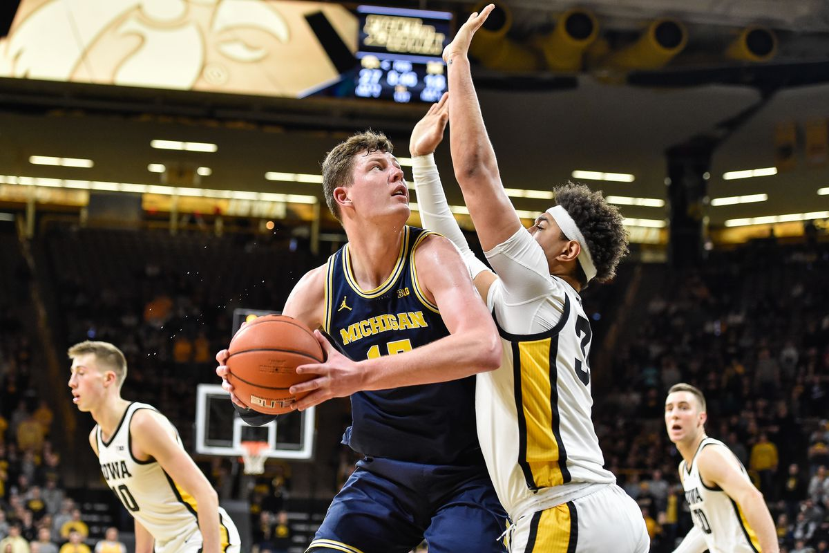 Recap Takeaways From Michigan Basketball S Loss At Iowa