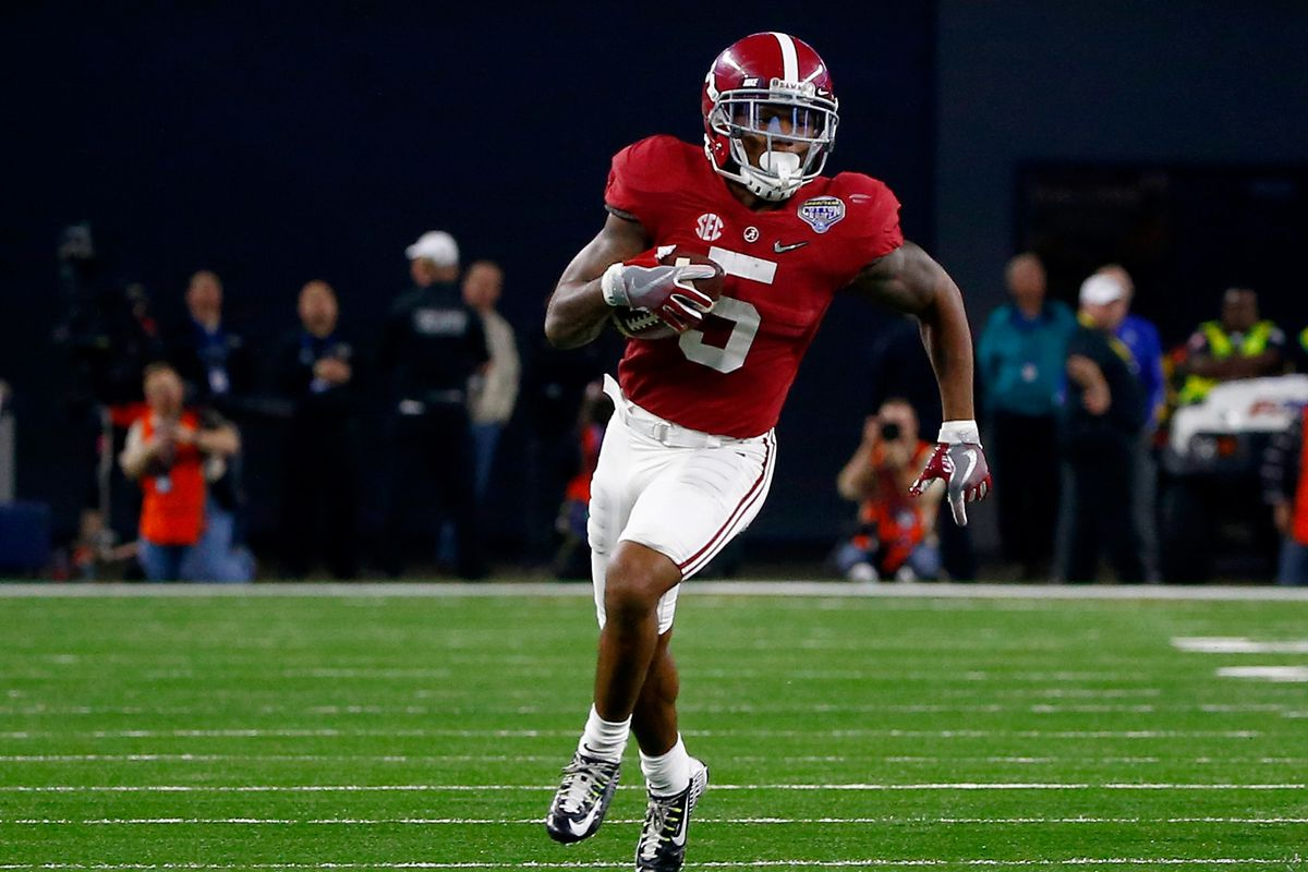 Patriots top draft pick Cyrus Jones, shown returning a punt for a touchdown for Alabama.