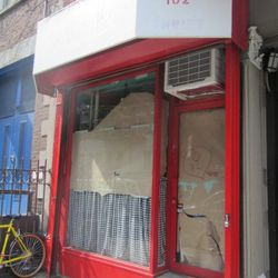 """New East Village bakery via <a href=""""http://evgrieve.com/2011/07/bakery-opening-on-st-marks-place.html"""" rel=""""nofollow"""">EVG</a>"""