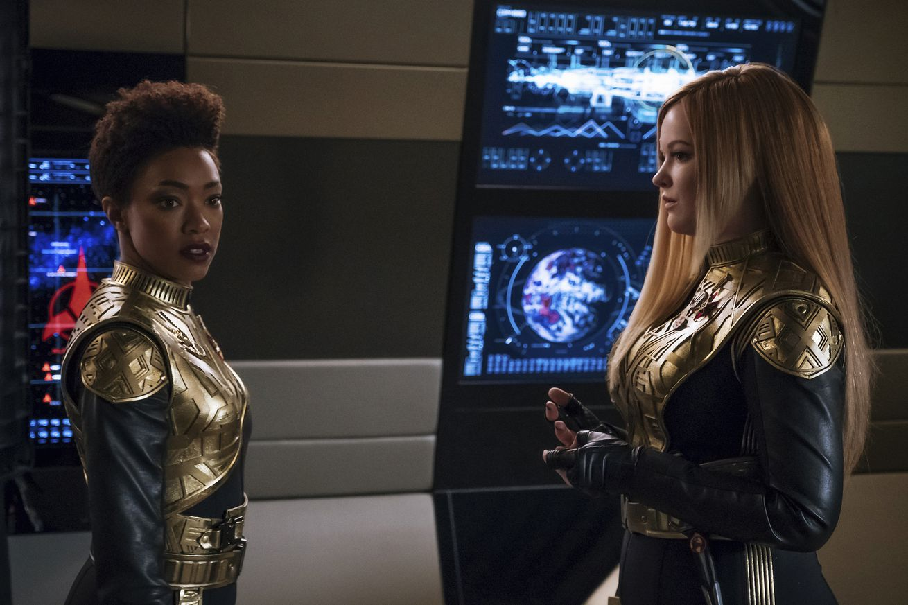 star trek discovery s half season premiere is a sobering reminder that utopia has a cost