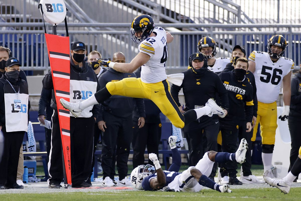 Iowa v Penn State