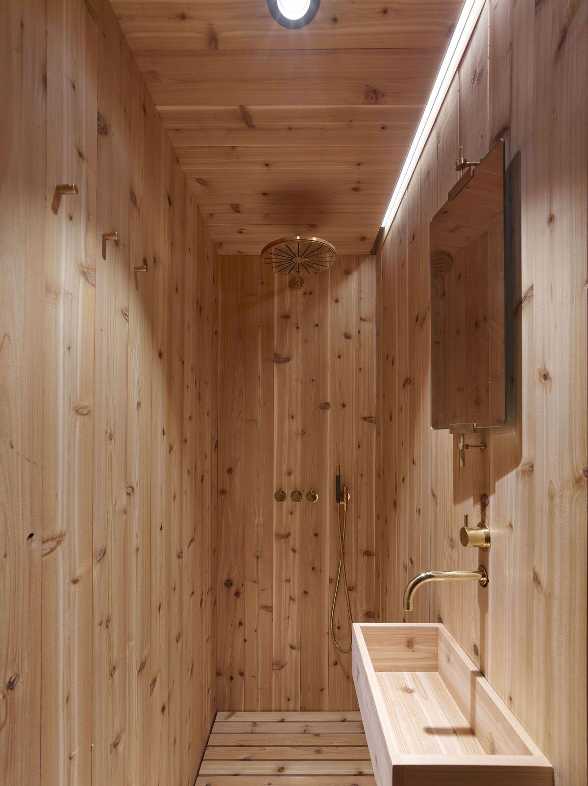 Cedar wood bathroom