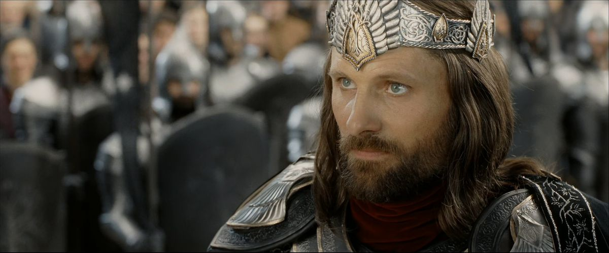 Aragorn wearing the crown of Gondor's kings in The Return of the King.