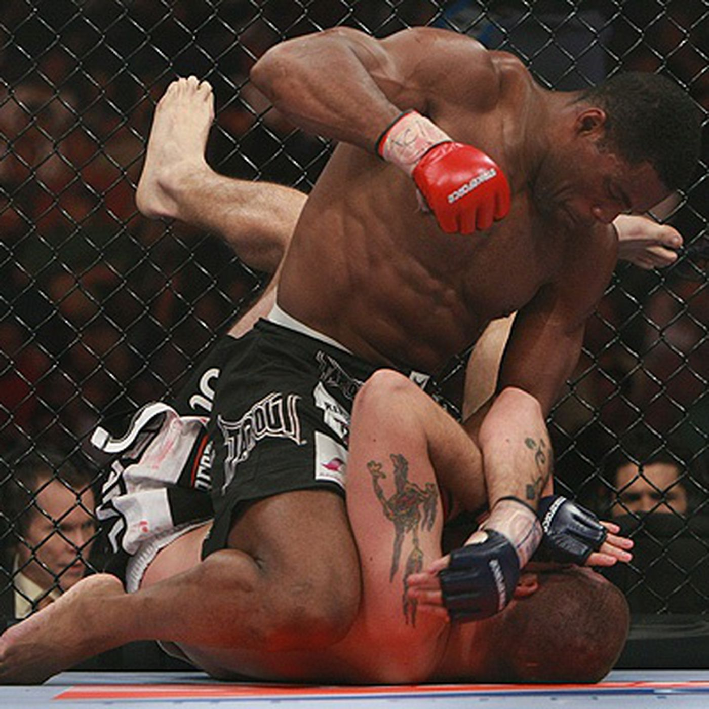 Array av Permeabilitet Troget  Strikeforce Miami Fight by Fight Coverage: Herschel Walker Wins a One-Sided  Fight Over Greg Nagy (