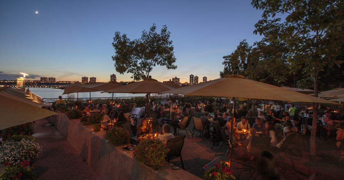 17 Top Nyc Waterfront Restaurants For Outdoor Bliss Eater Ny