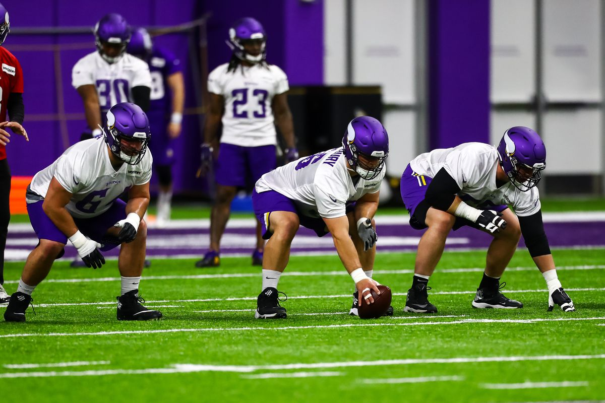 cefbc5c8 Handicapping the Vikings Offensive Linemen - Daily Norseman