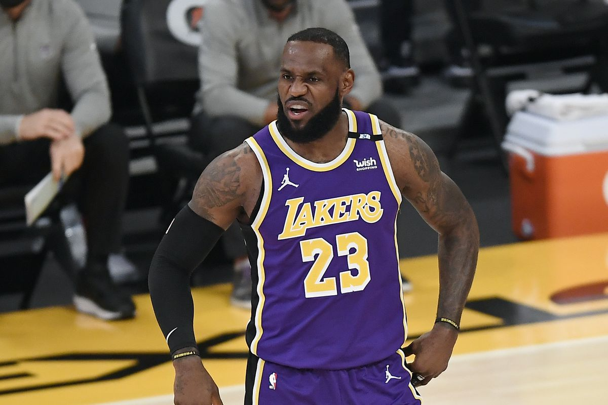 LeBron James of the Los Angeles Lakers reacts during the first half against the Sacramento Kings at Staples Center on April 30, 2021 in Los Angeles, California.