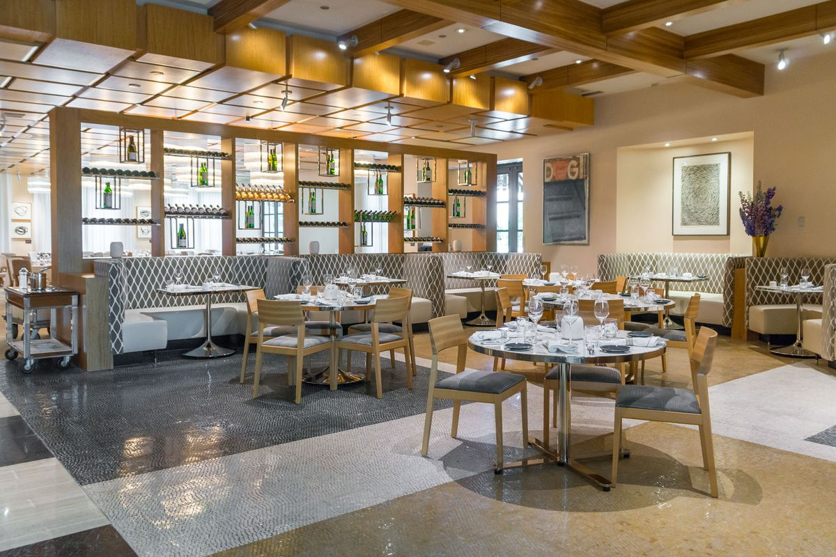 The dining room at Michael Mina