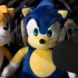 """Sonic and Tails take to the recording booth for a very special audio track. We're not sure what it is, but we'd bet good money on the pair covering """"Escape from the City."""""""