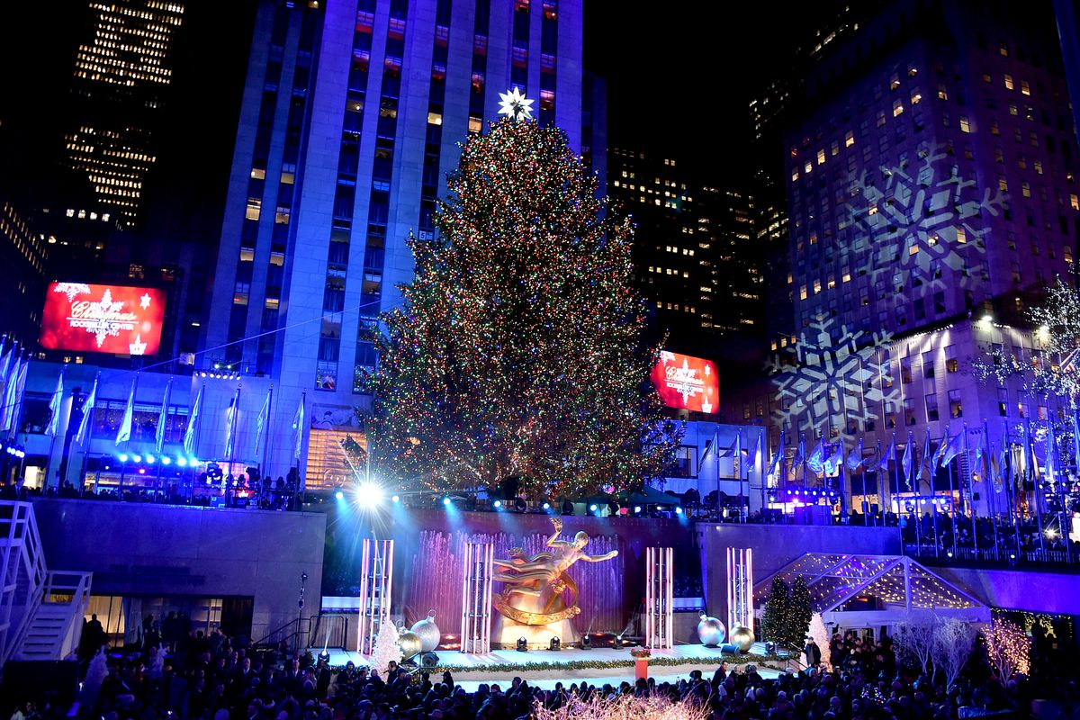Rockefeller Center Christmas Tree lighting 2018: Street closures in ...