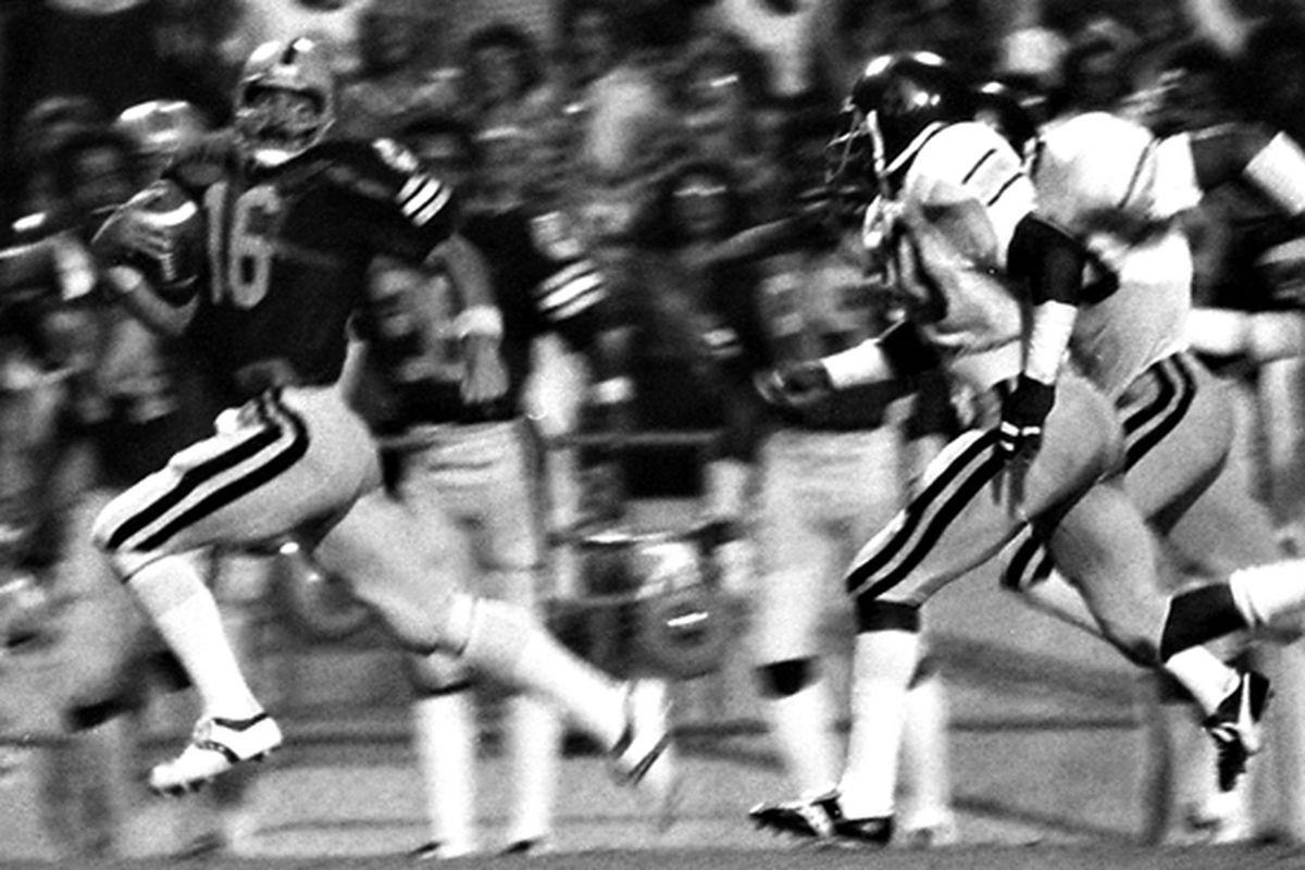 Mark Malone sure knew how to QB a football team.