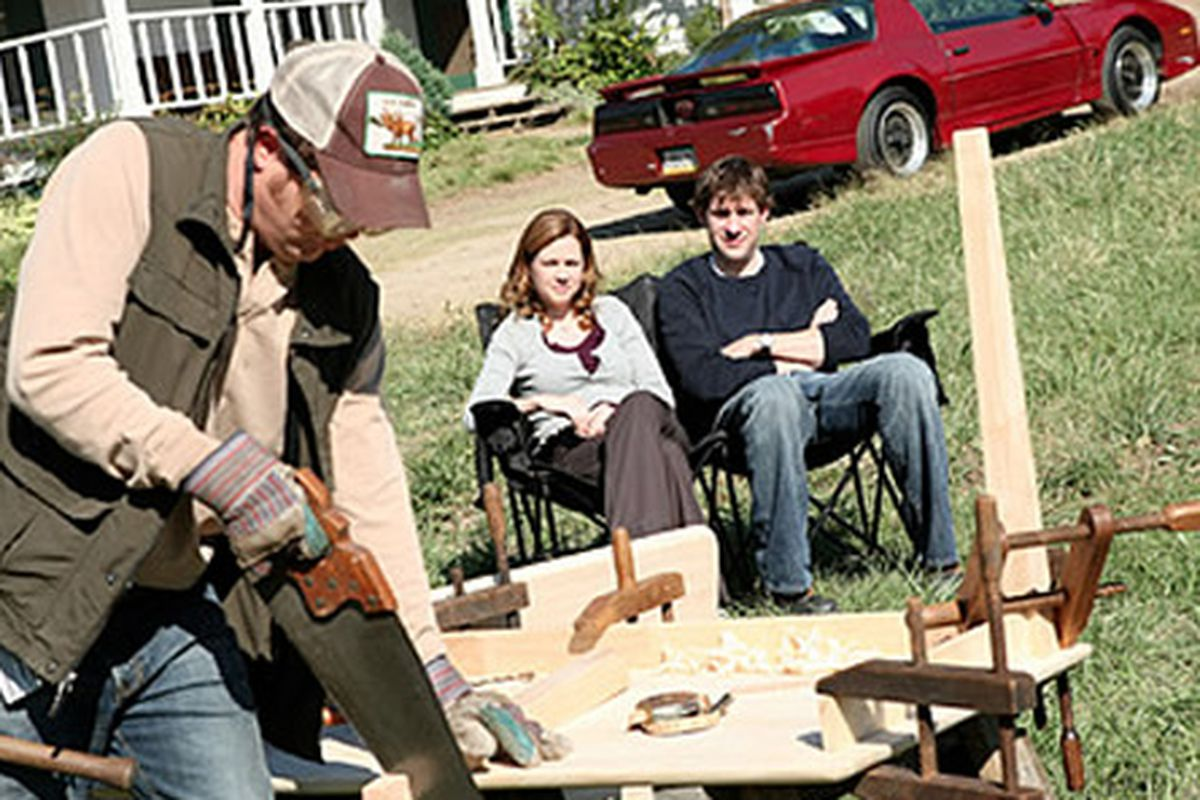 A table-making demo at Schrute Farms