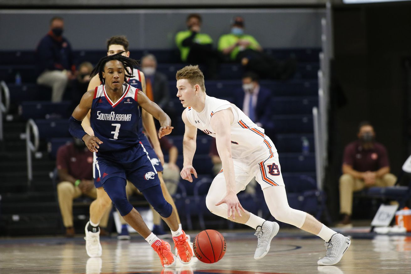 NCAA Basketball: South Alabama at Auburn