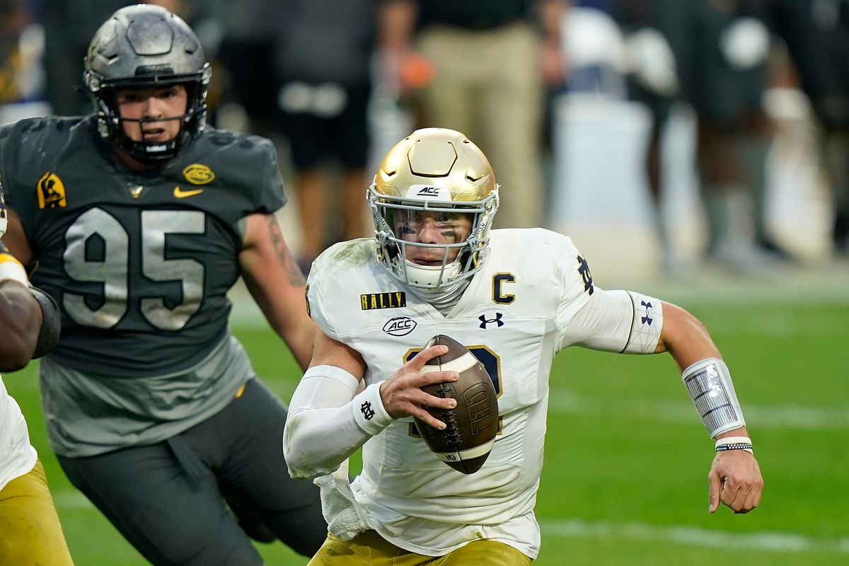Georgia Tech Yellow Jackets Vs Notre Dame Fighting Irish How To Watch Game Time Weather Betting Odds And More From The Rumble Seat