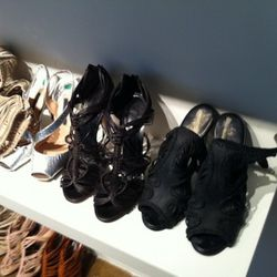 The Giuseppe Zanotti for Thakoon shoes come in size 37 (bottom left hand corner)