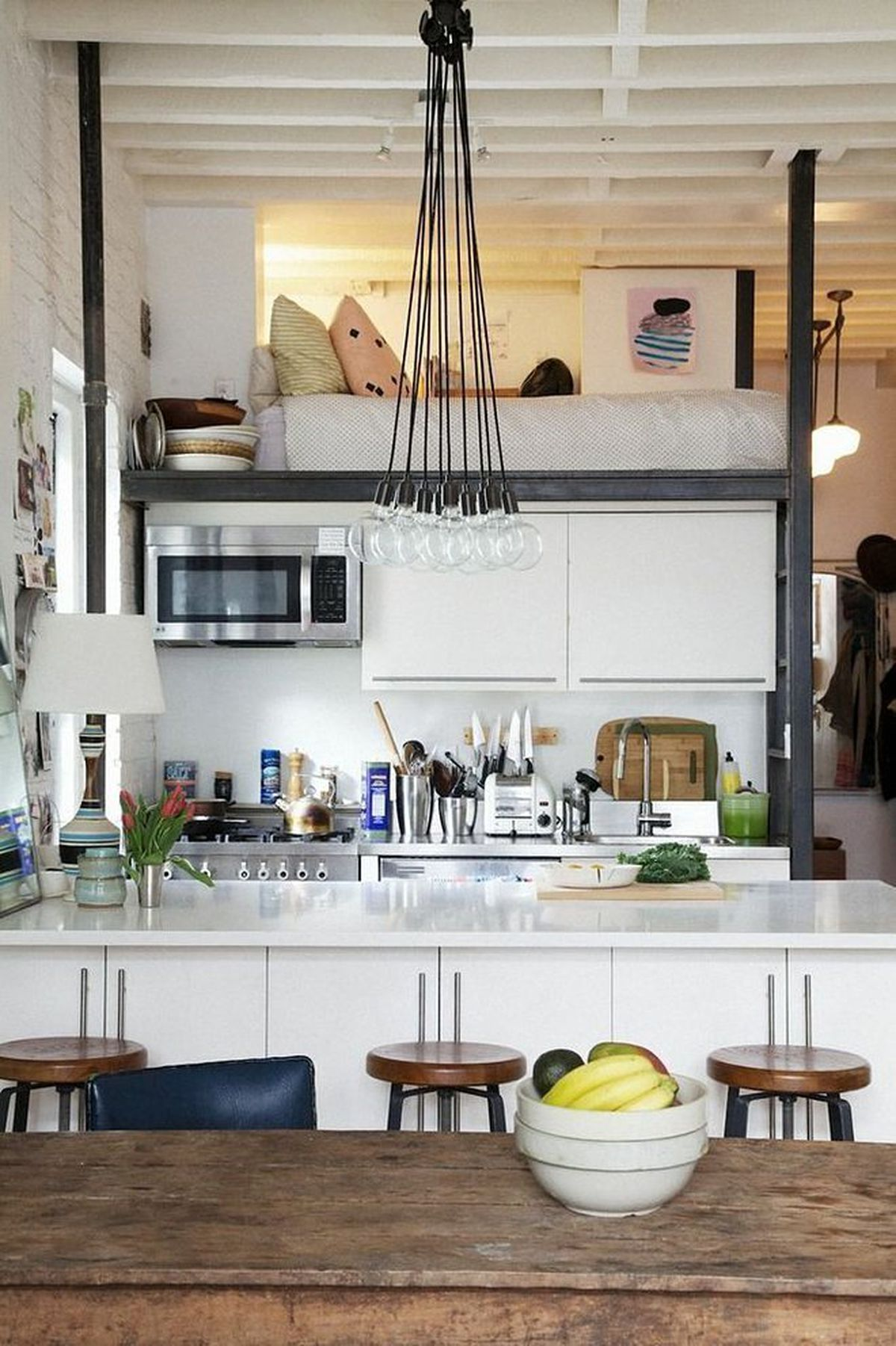 24 Small Spaces With Wonderful Maximalist Decorating Curbed