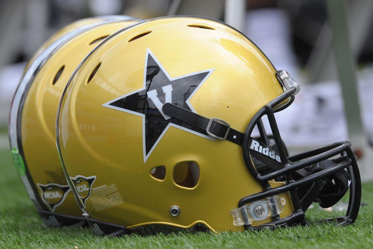 Grading Vanderbilt s New Anchor-Intensive Helmets - Anchor Of Gold a6f548679