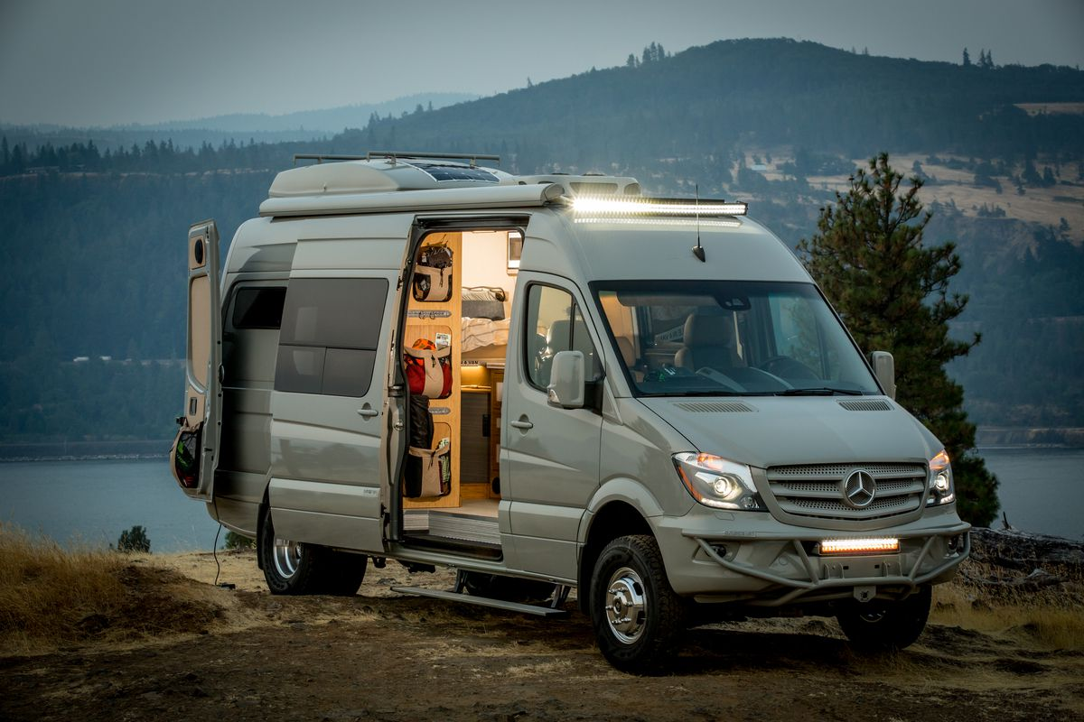22d4b8be17 Luxury camper van can go off grid for days - Curbed