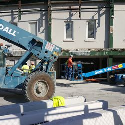 10:38 a.m. Work in front of main entrance -