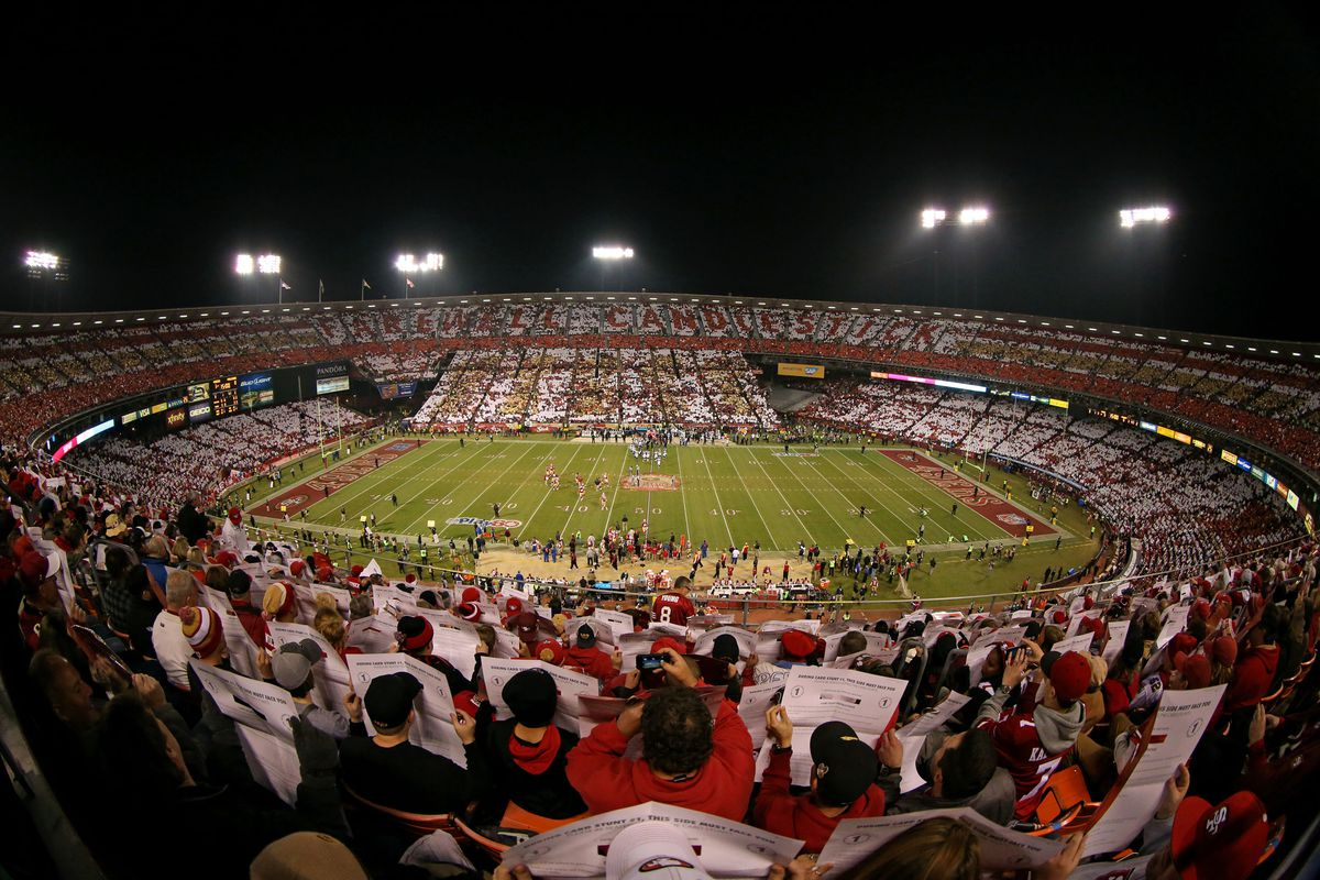 two people foiled by sfpd in attempt to steal candlestick park seats