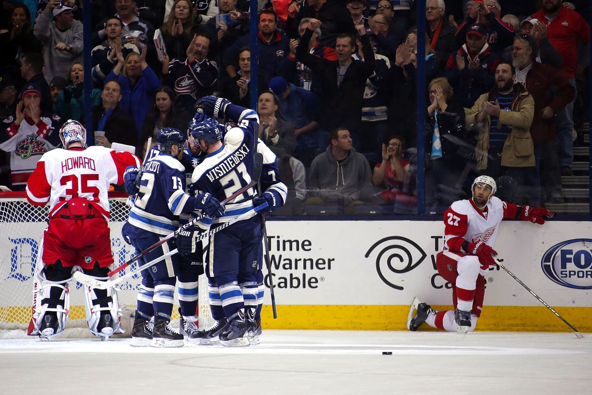 Don't look, Quincey. It ain't pretty.
