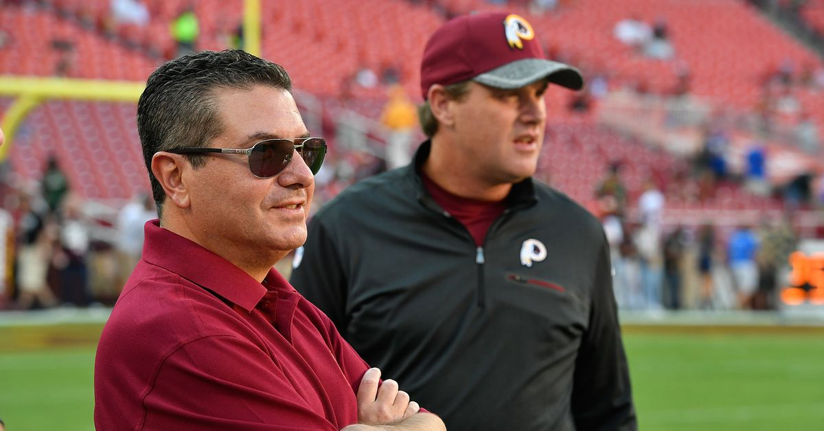 Report: Dan Snyder, not Jay Gruden, was pushing the Redskins defensive coordinator search