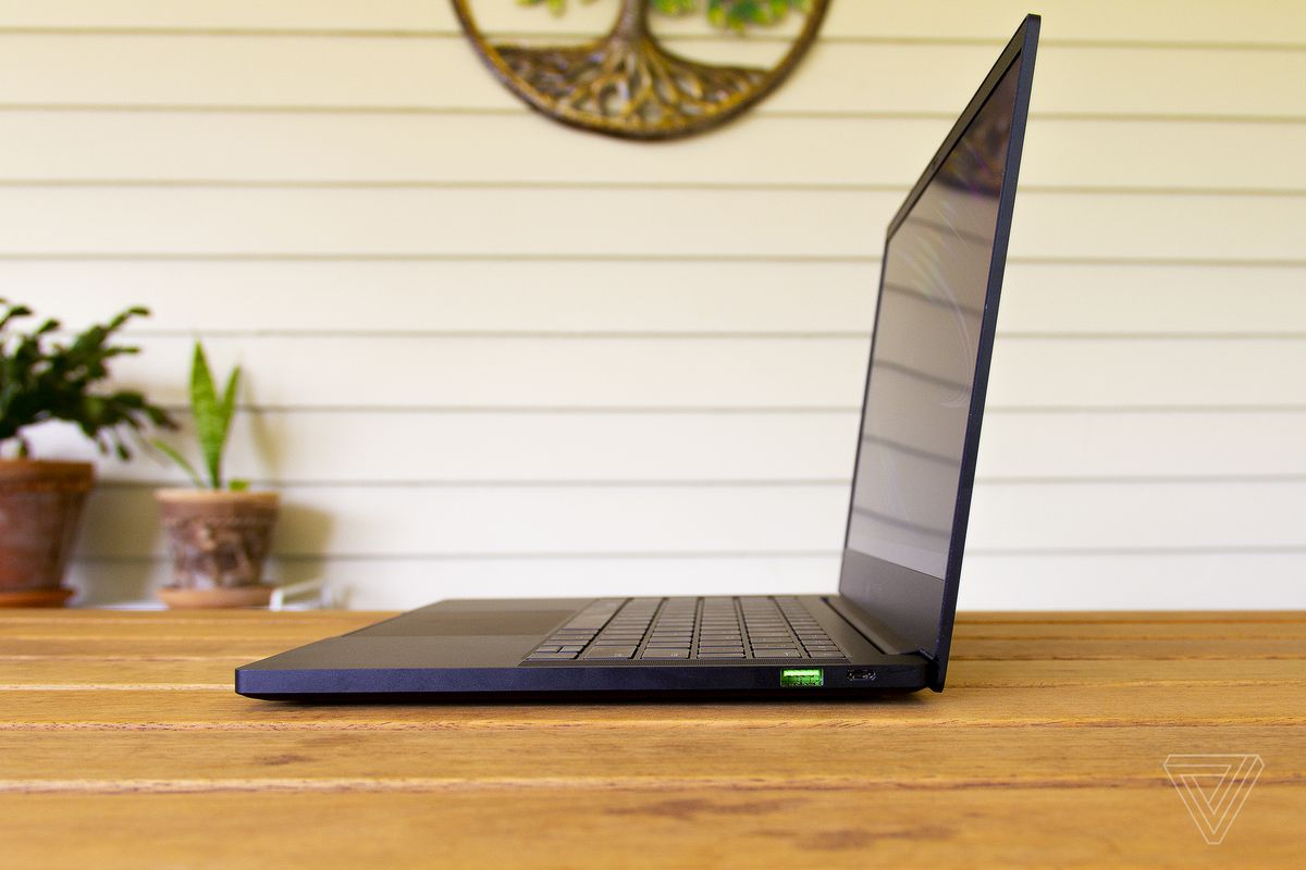 The Razer Blade Stealth 13 from the aspect.