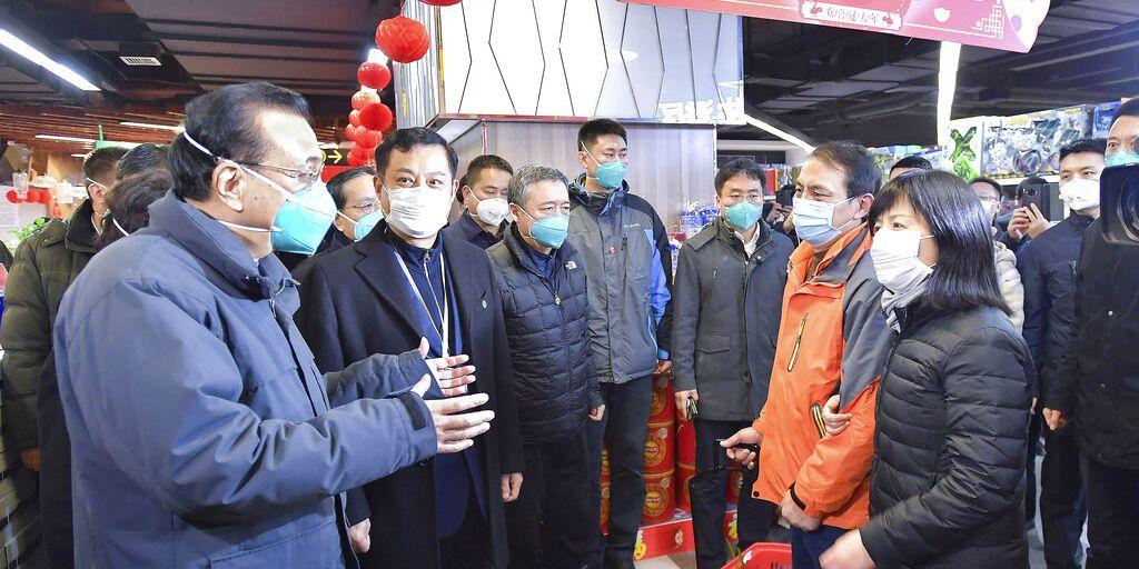 China reports 25 coronavirus deaths; US prepares evacuation