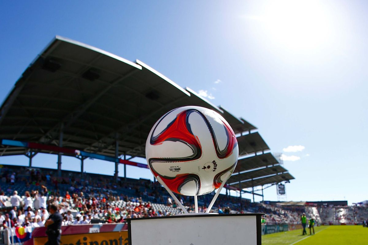 A beautiful, sunshiny day at Dick's Sporting Goods Park.