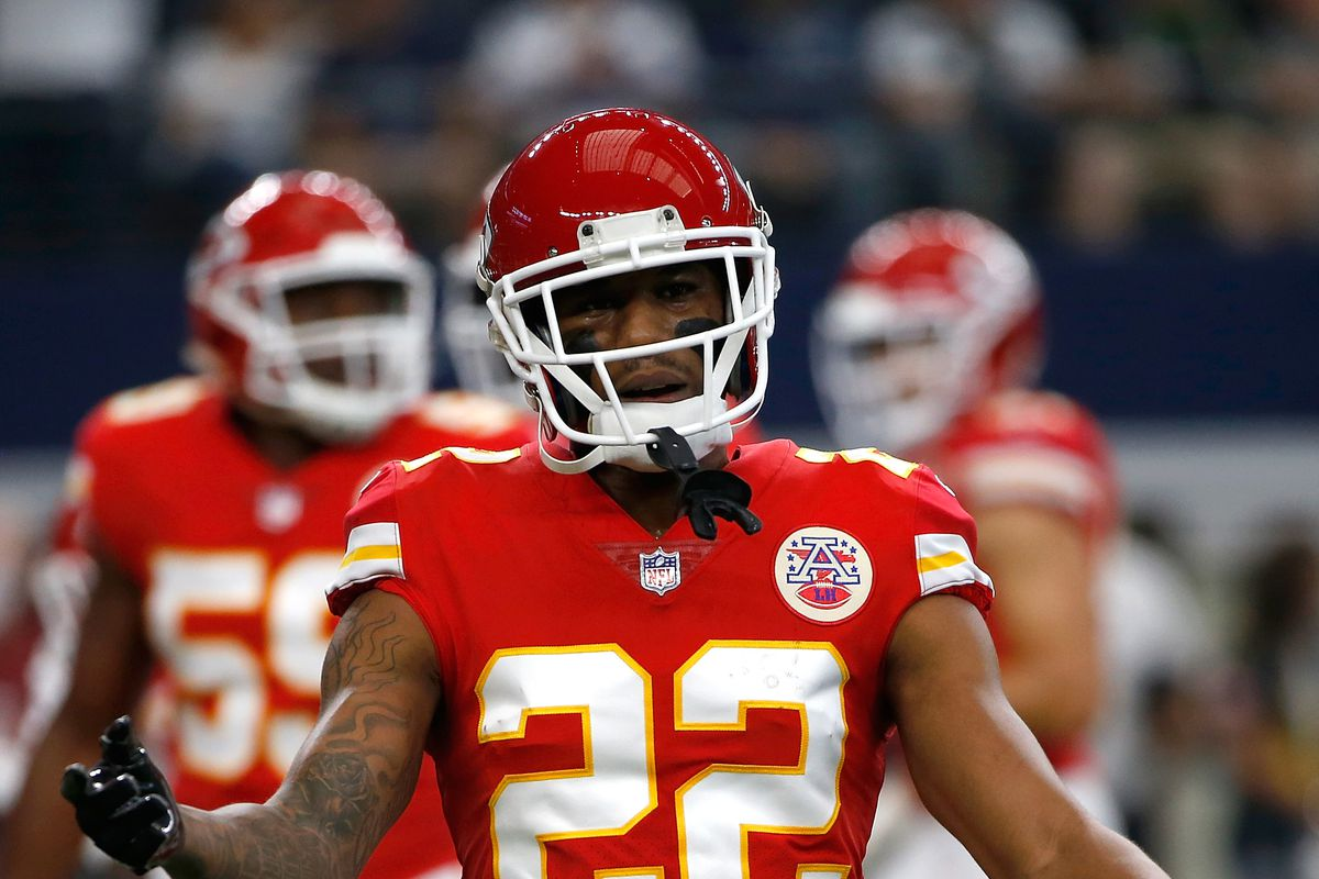 Why did the Chiefs suspended Marcus Peters for the Raiders game