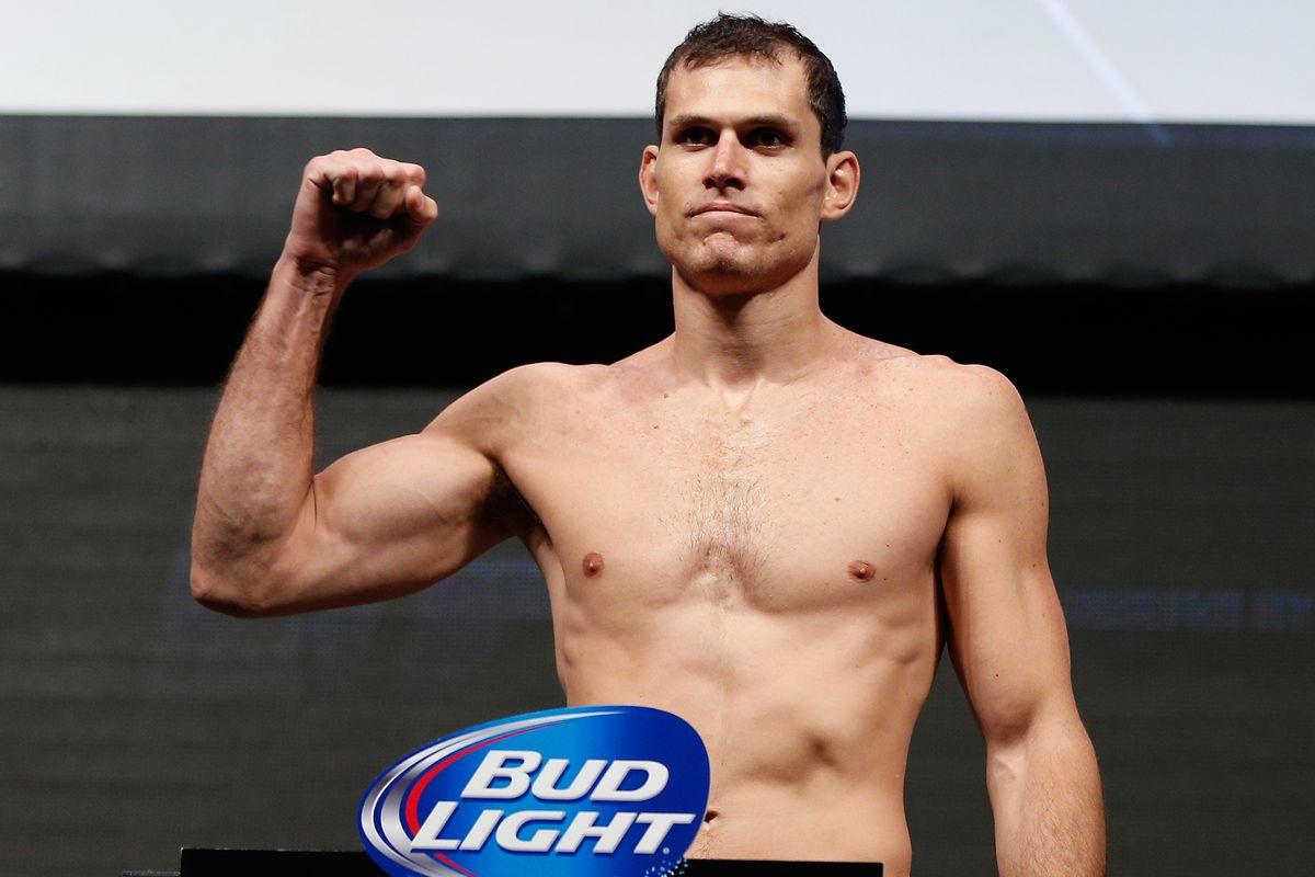 UFC 162 Weigh-in