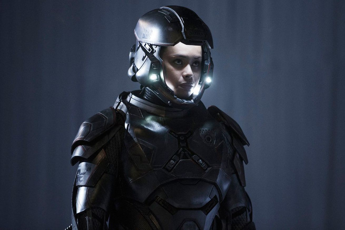 18 suits of power armor from science fiction you don t want to meet on the battlefield