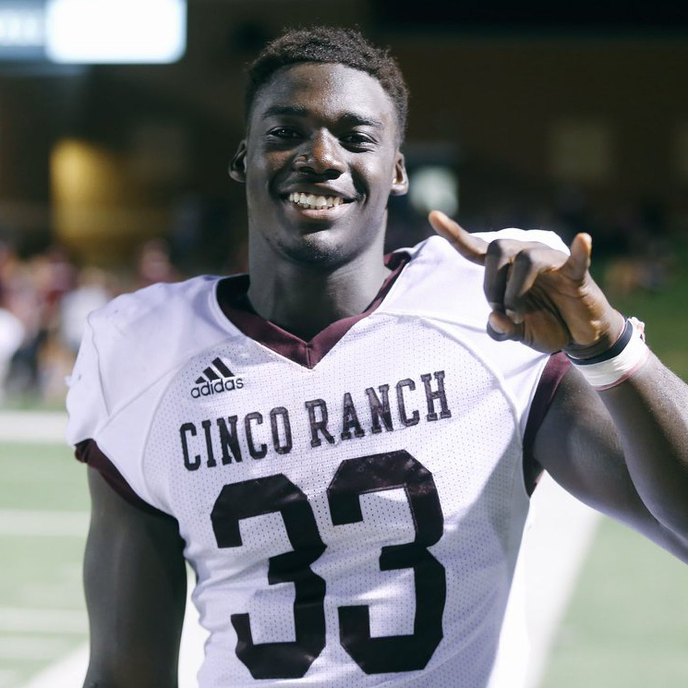Commits, recruits react to Texas' 24-10 win over Iowa State