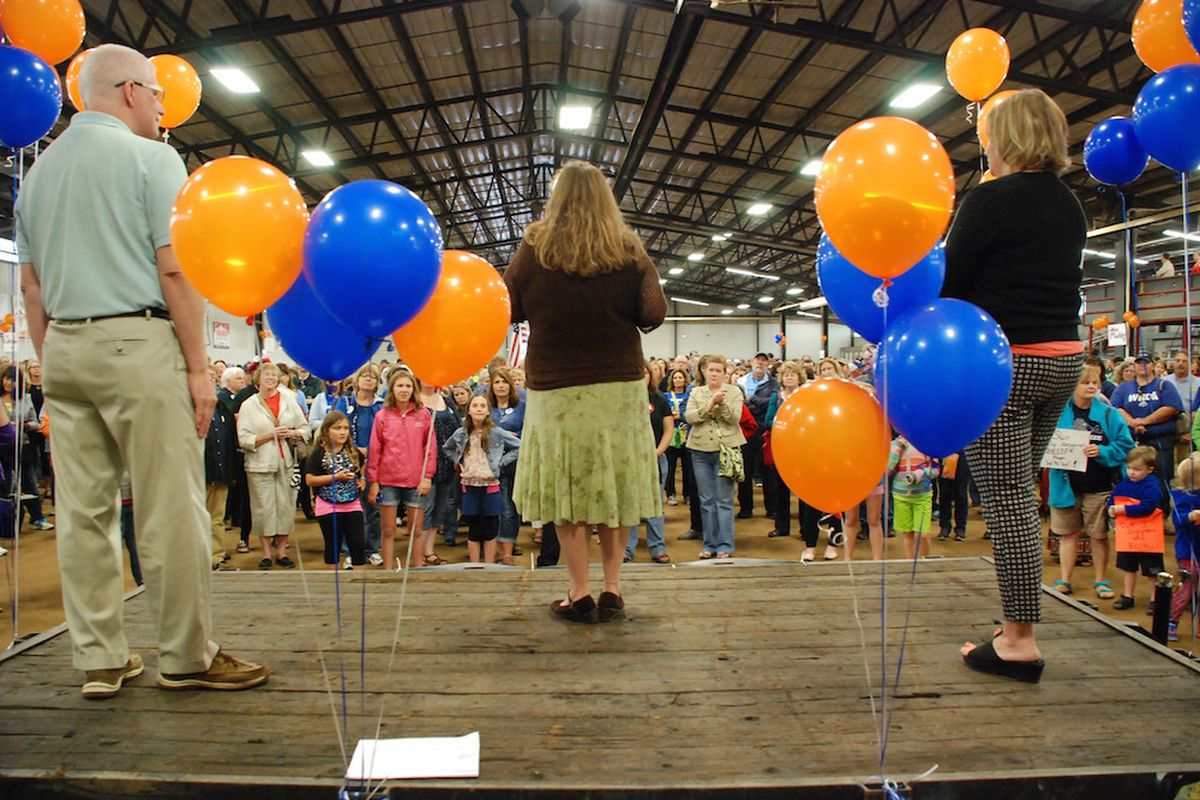Organizers of an effort to recall three members of the Jefferson County school board addressed about 2,000 residents at a kick off event July 8.