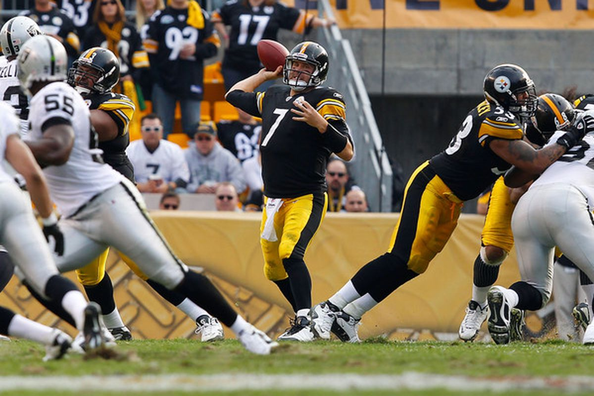 PITTSBURGH - NOVEMBER 21:  Ben Roethlisberger #7 of the Pittsburgh Steelers drops back to pass against the Oakland Raiders during the game on November 21 2010 at Heinz Field in Pittsburgh Pennsylvania.  (Photo by Jared Wickerham/Getty Images)