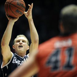 Brigham Young Cougars guard Tyler Haws (3) shoots a pull up jumper during a game at the Jon M. Huntsman Center on Saturday, December 14, 2013.