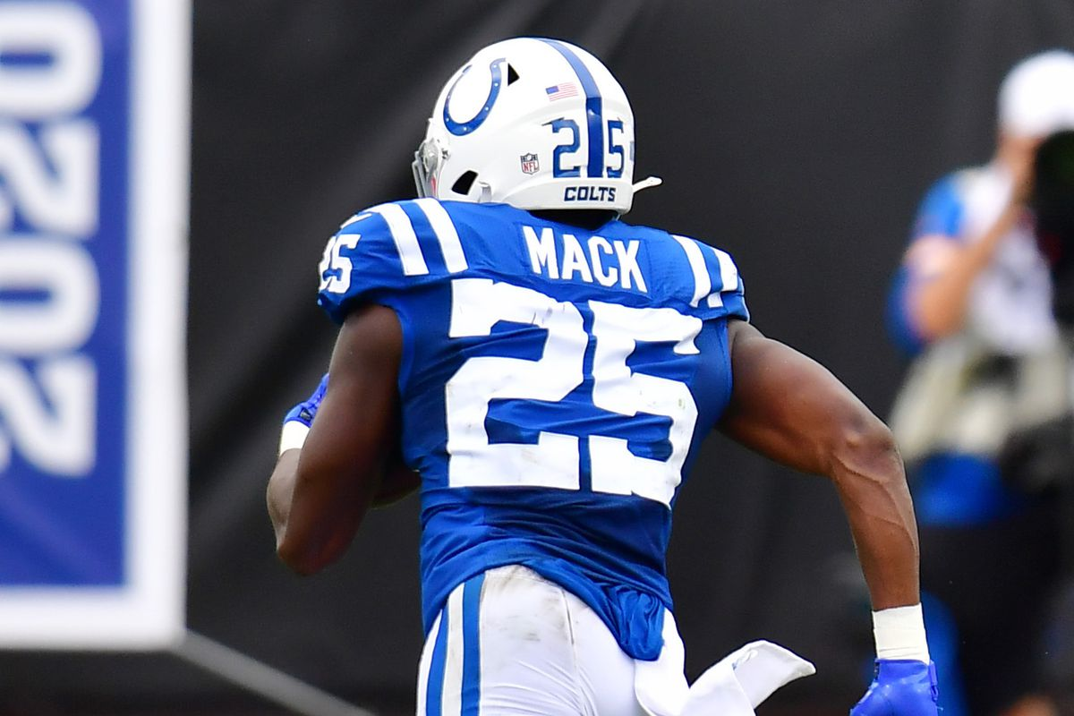 Marlon Mack #25 of the Indianapolis Colts runs with the ball during the first quarter against the Jacksonville Jaguars at TIAA Bank Field on September 13, 2020 in Jacksonville, Florida.