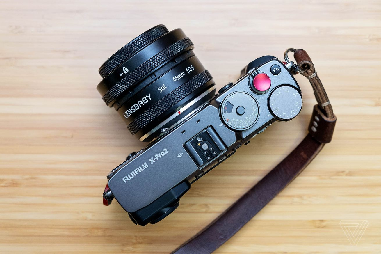 lensbaby s new sol lens makes quirky images