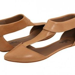 Belle by Sigerson Morrison, originally $240, now $120. Image via Zappos.
