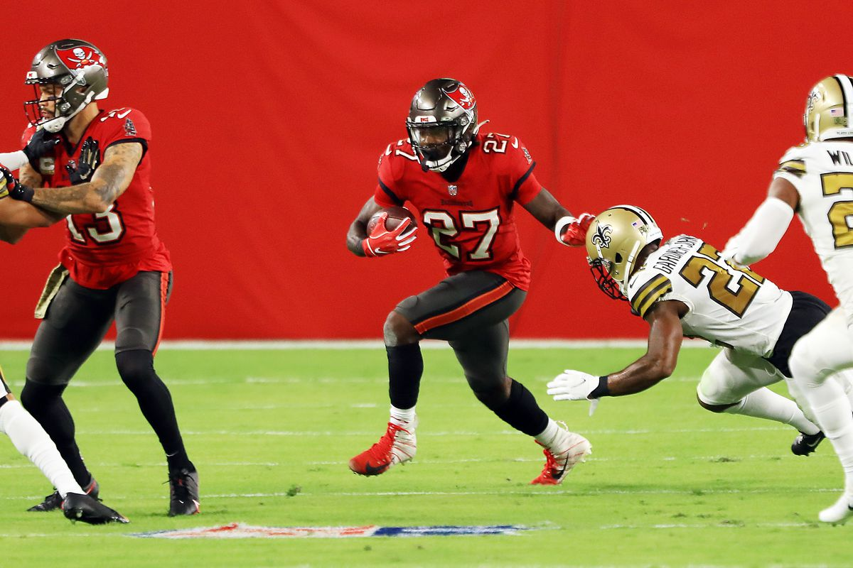 Ronald Jones #27 of the Tampa Bay Buccaneers carries the ball during the first half against the New Orleans Saints at Raymond James Stadium on November 08, 2020 in Tampa, Florida.