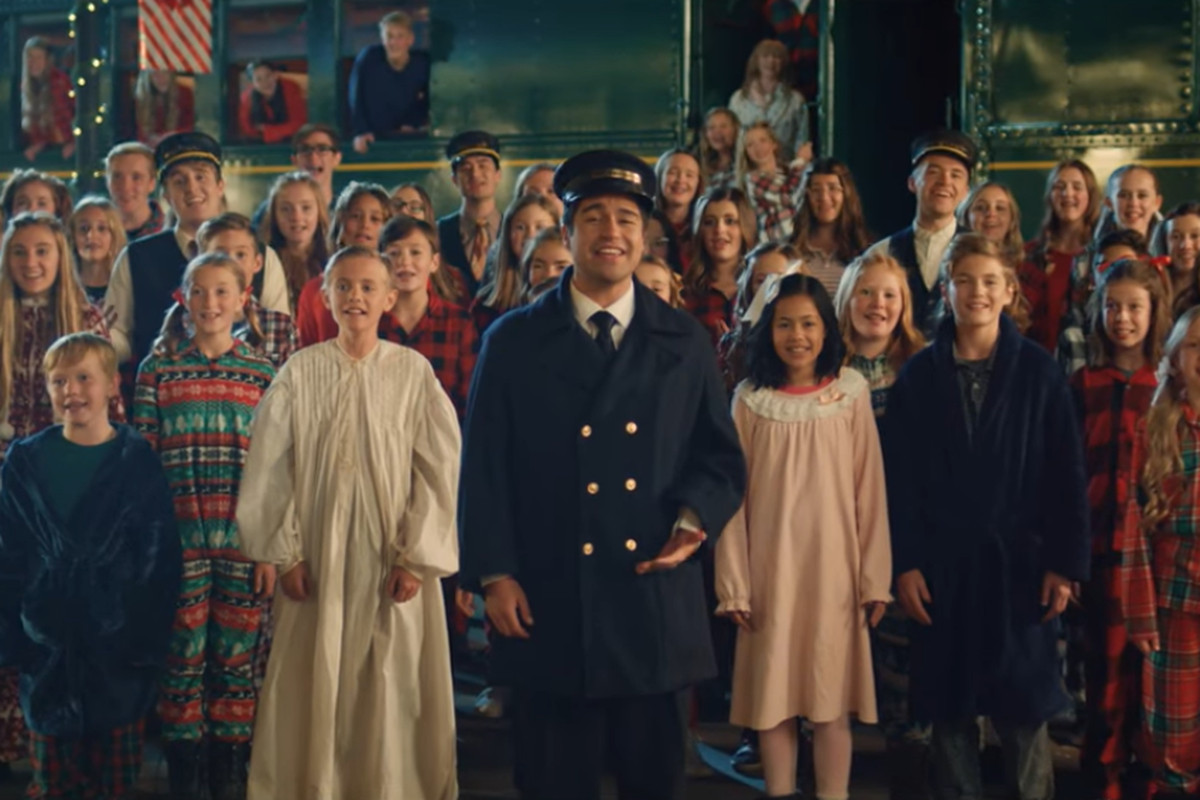 BYU Vocal Point sings 'Polar Express' medley with Utah children's choir - Deseret News