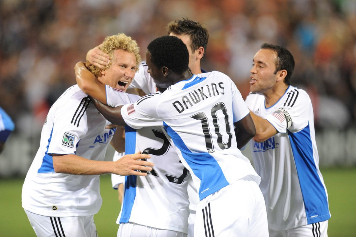 Steven Lenhart, Simon Dawkins, and the rest of the San Jose Earthquakes will look to extend their 6-match unbeaten streak when they visit Sporting Kansas City.