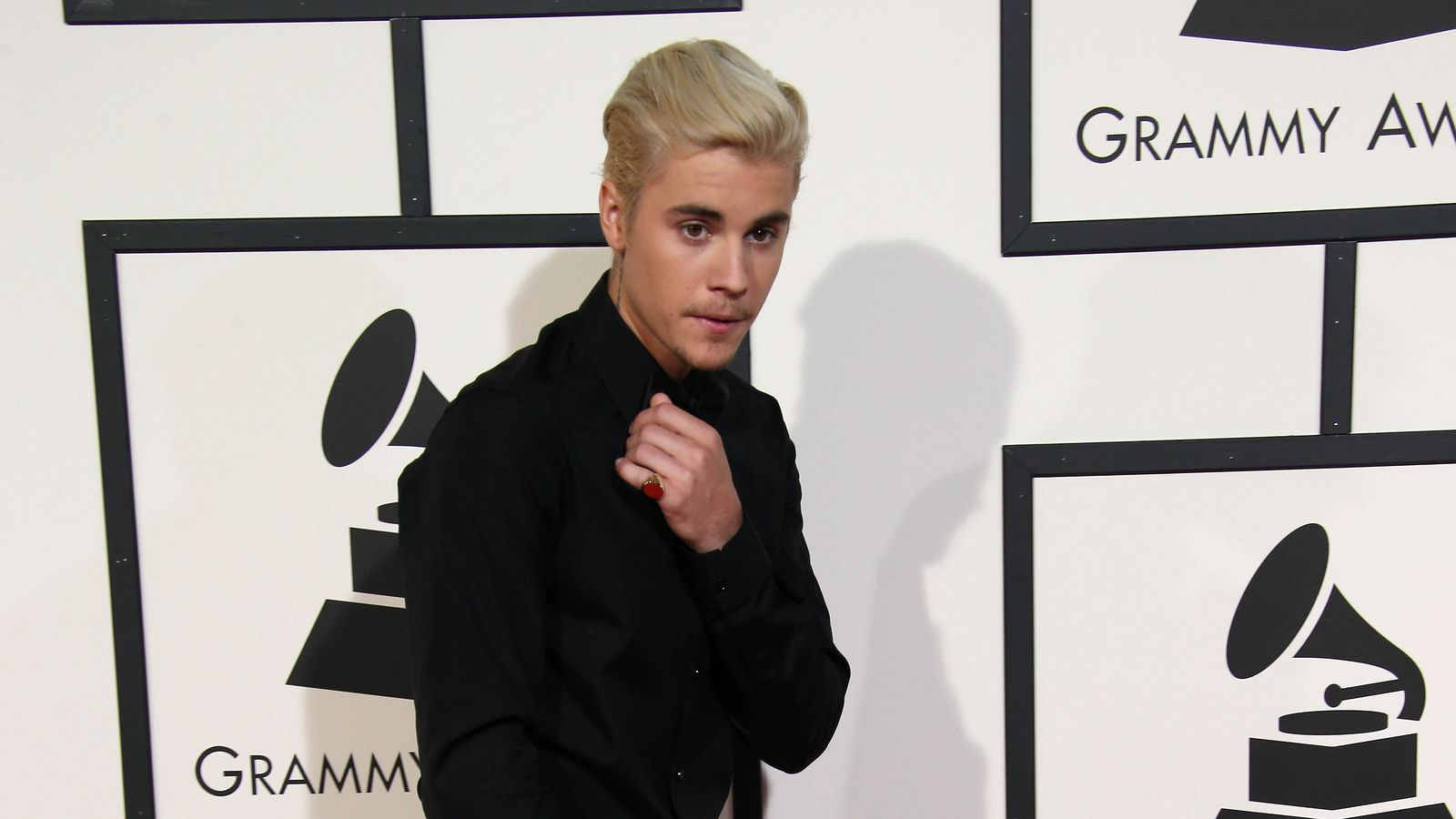 Mayweather Says Bieber Fought With Heart!