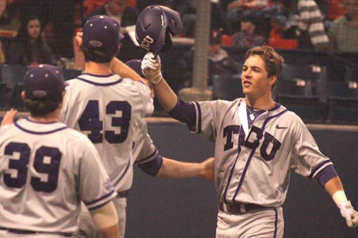 """photo via <a href=""""http://blogs.eastonbaseball.com/collegebaseballtoday/files/2012/02/TCU-JasonCoatsFives.jpg"""">blogs.eastonbaseball.com</a>"""