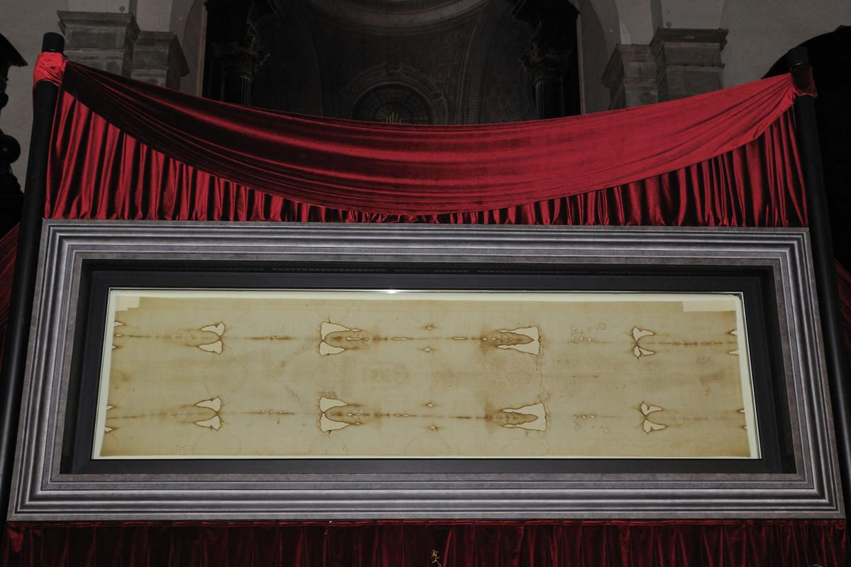 Holy Shroud Exhibition, the Holy Shroud and the Jesus Christ image exposed on April 10, 2010 in Turin, Italy.