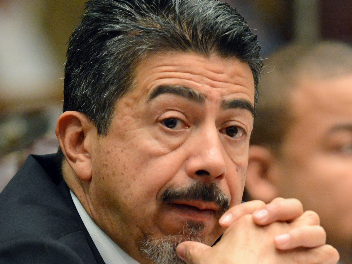 """Ald. Danny Solis said it was important to catch up to the trend of holding private events in light-industrial settings. """"This makes it legal and also allows us to regulate it,"""" he said. 