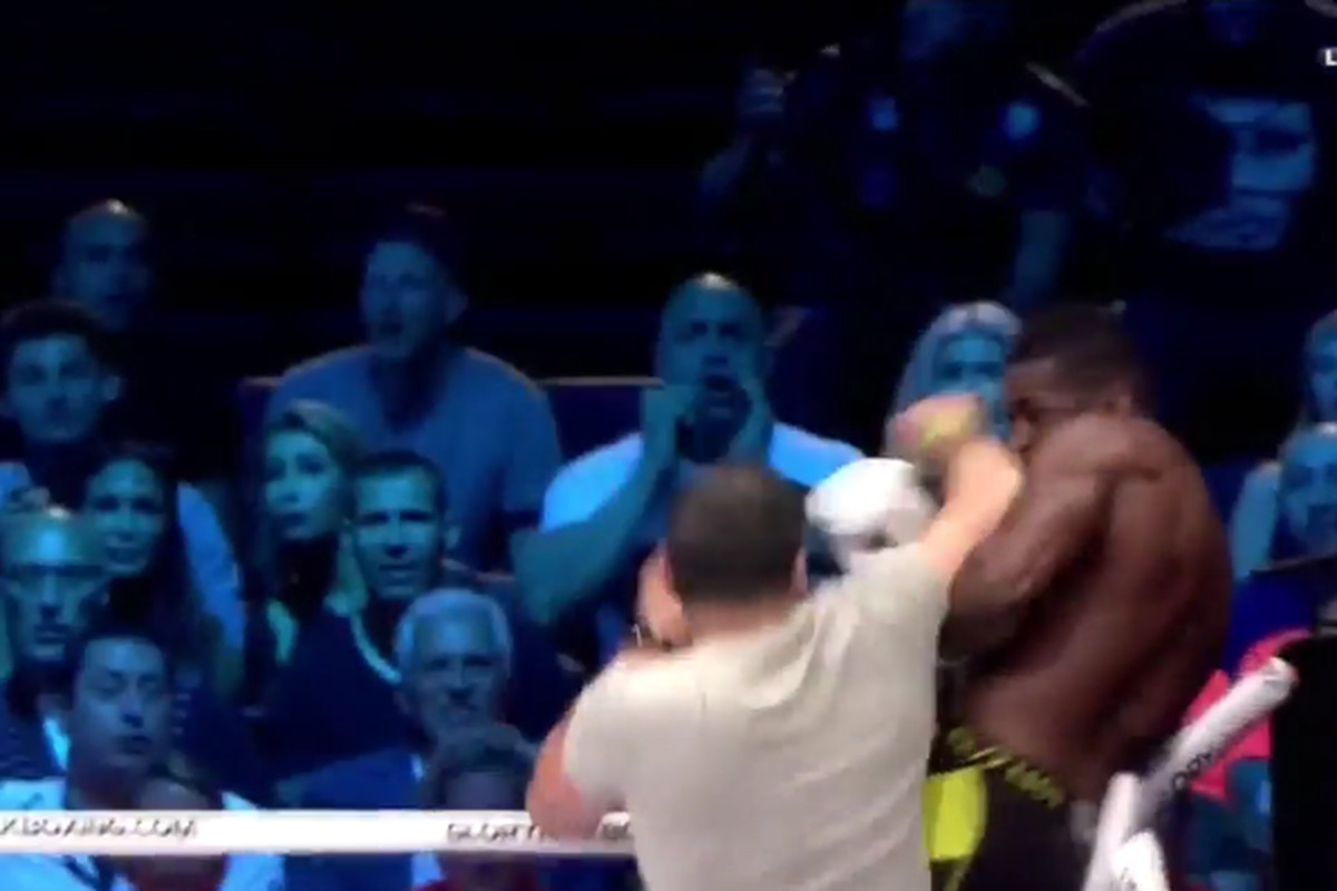 Glory kickboxer Murthel Groenhart gets assaulted by ring intruders after KO win