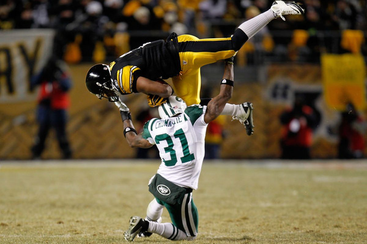 <em><strong>Cromartie bench presses players for fun. Andre, Cush & Co. have taken notice.</strong></em>