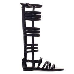 "<b>Zara</b>, <a href=""http://www.zara.com/webapp/wcs/stores/servlet/product/us/en/zara-nam-S2013/358009/1222524/GLADIATOR+SANDALS"">$159</a>"