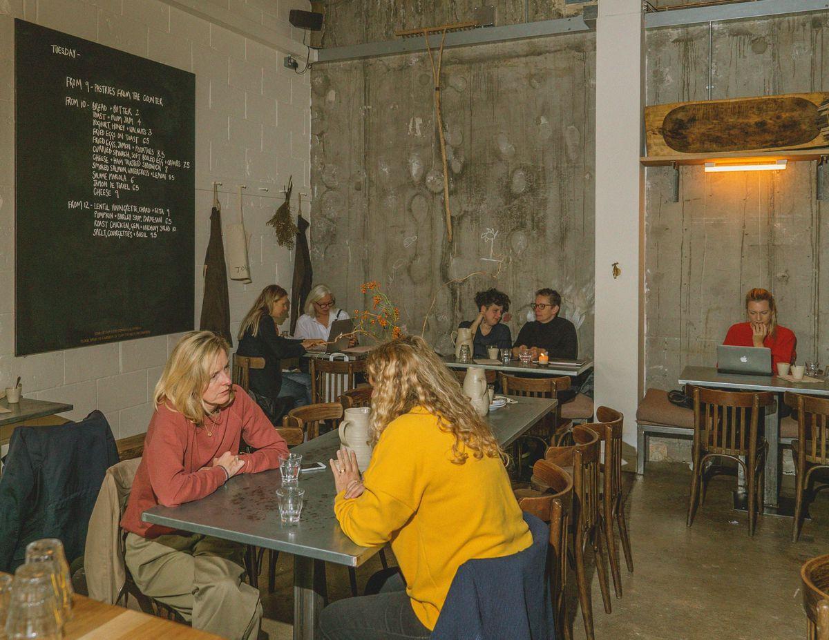 Jolene bakery, restaurant and wine bar in Newington Green
